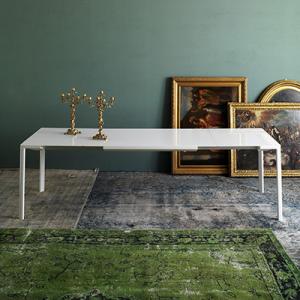 zooom-ext-tavolo-kartell-di-design-in-bianco